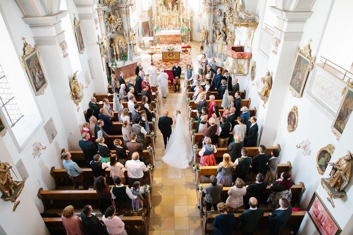 Hochzeitsdeko Kirche