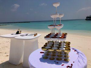 Glaeserpyramide Hochzeit Lux North Male Malediven