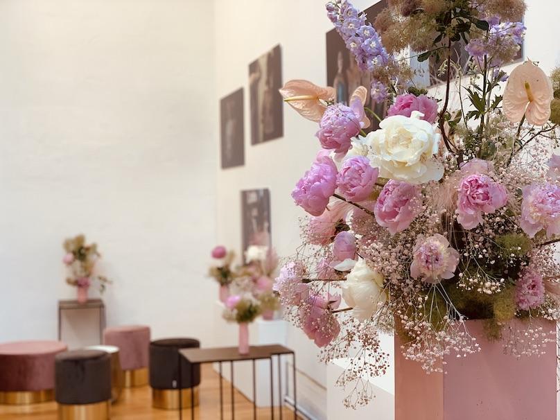 Blumendekoration Event Produktmarkteinführung