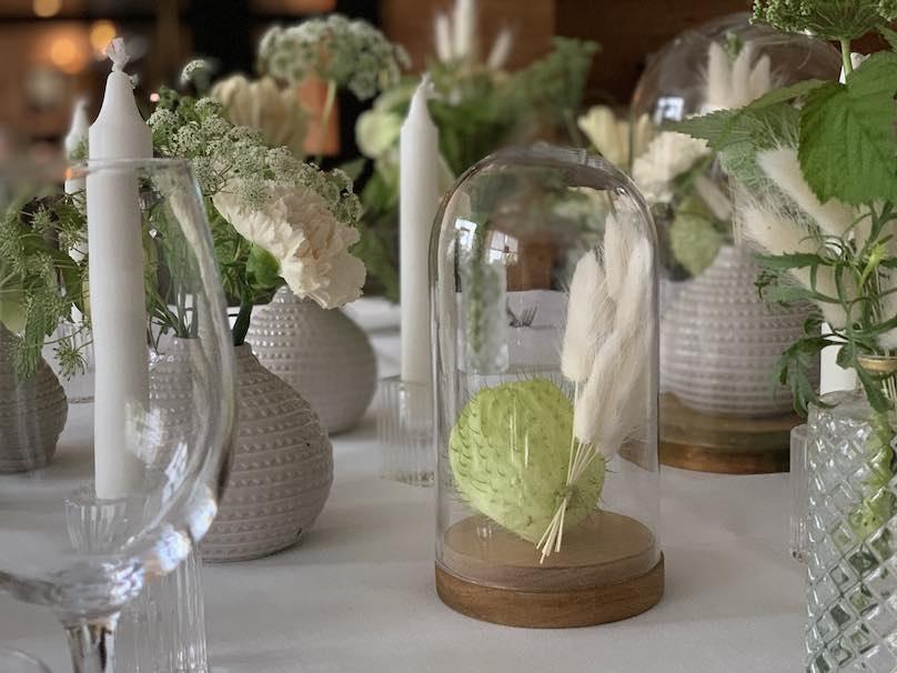 Tischdekoration Hochzeit weiß - grün